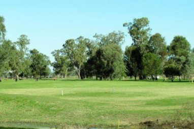 Scone Golf Course - first hole